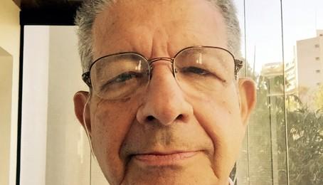 Entrevista com o Professor Max Grinberg